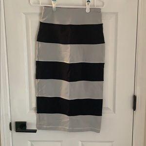 Lululemon stripped skirt